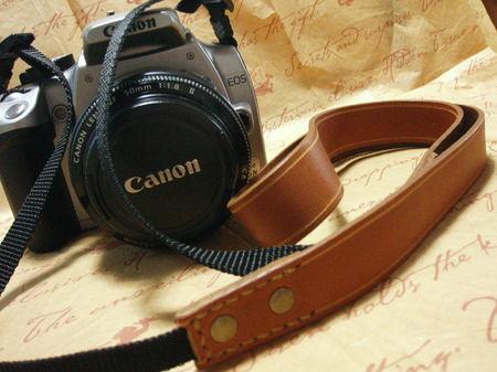 Camera_strap_01_1